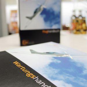Flug- & Wartungshandbücher für die VL-3